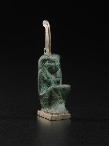 Amulet of Maat 743–712 B.C. Gilded silver and malachite *Harvard University—Boston Museum of Fine Arts Expedition *Photograph © Museum of Fine Arts, Boston