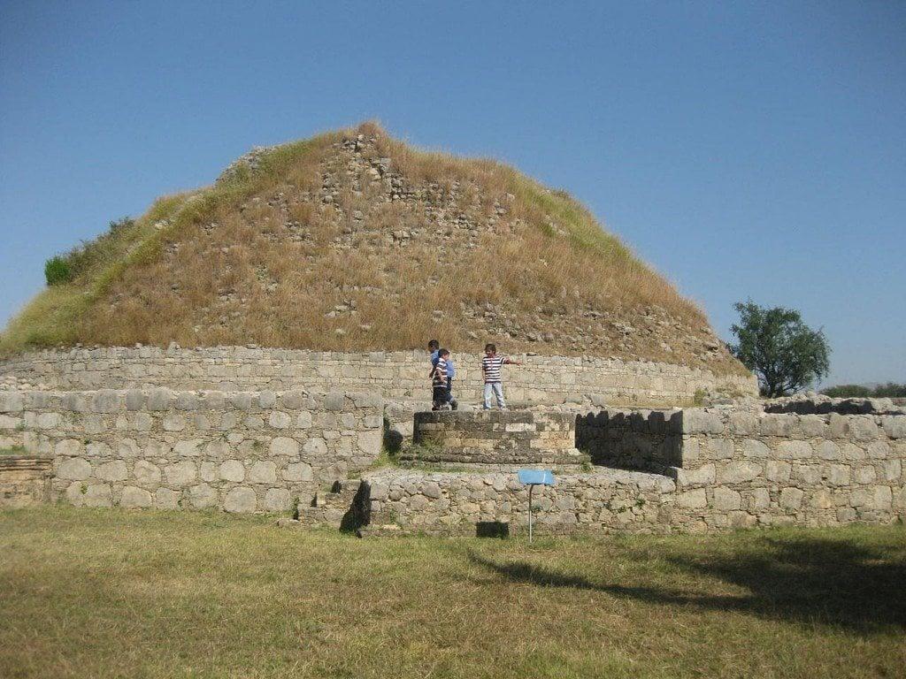 Buddhist remains around Bhallar stupa