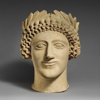 ​Head of a Man, mid-5th century BCE. The Metropolitan Museum of Art, The Cesnola Collection Purchased by subscription, 1874–76 (74.51.2826). Gods and goddesses in art wear leafy wreaths as hair accessories, as do mortals engaged in sacred rituals or events. Wreaths were worn at festivals, initiations, weddings, and funerals. They were awarded to winners of athletic competitions, which took place in religious sanctuaries. For important occasions or for royalty, they were crafted in gold and silver. Later, in the Roman Empire, military victors wore them and wreaths became symbols of government authority.