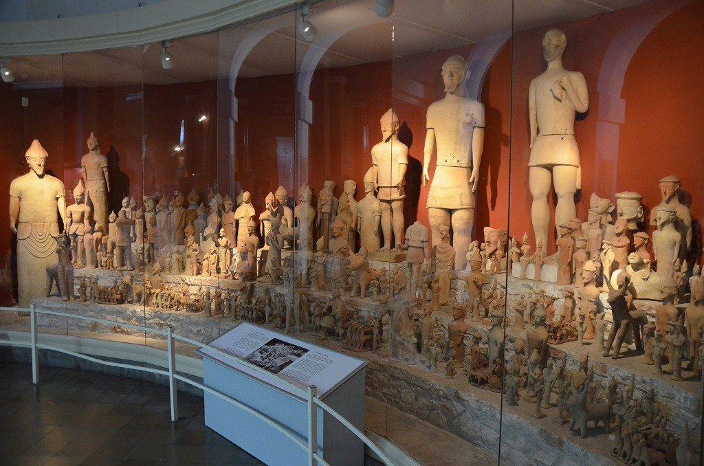 Agia Irini clay votive figurines, 7th - 6th centuy BC, Cyprus Museum, Nicosia