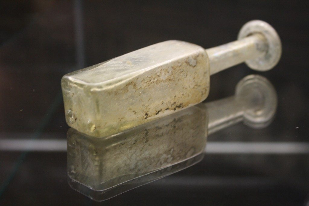 Roman glassware at the Archaeological Museum of Pavia. Image © Mark Cartwright.