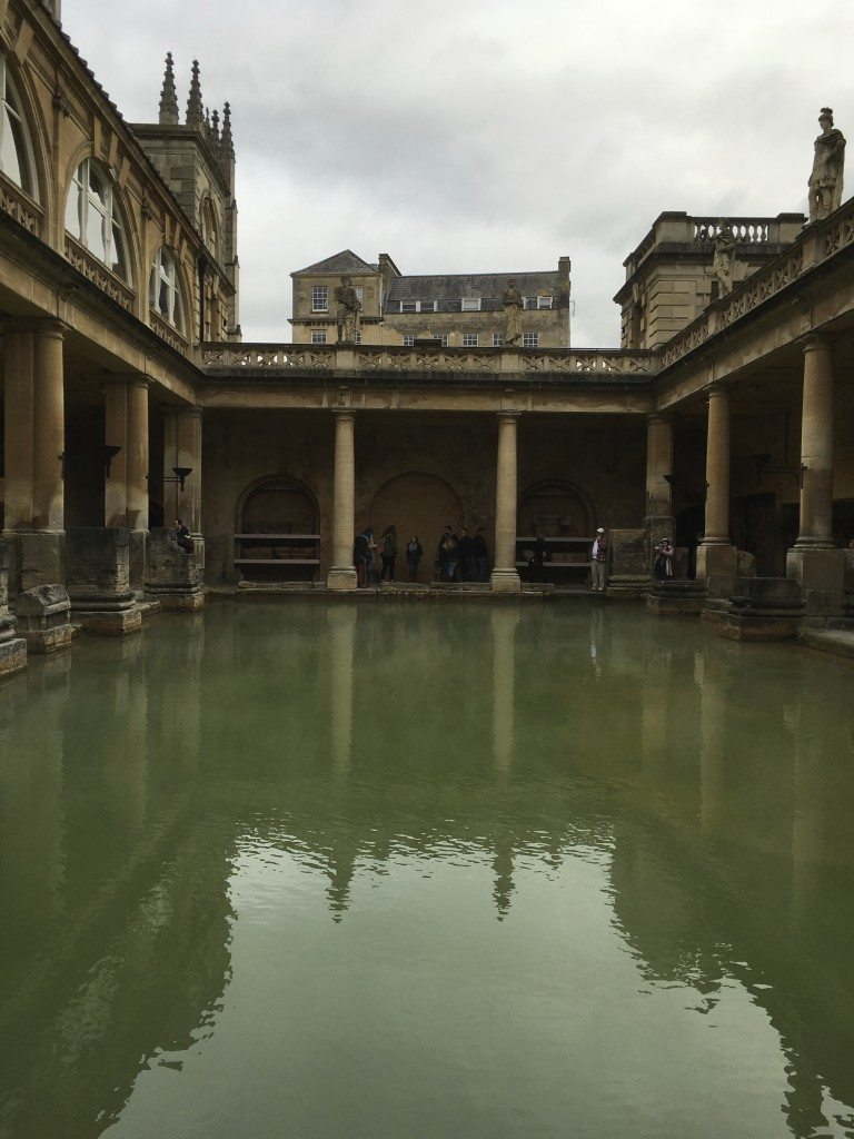 Roman baths, Great Bath. Image © Caroline Cervera.