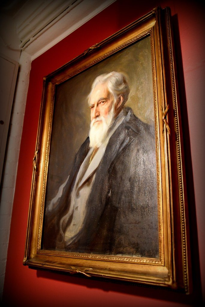 Portrait of late Professor William Mathew Flinders Petrie by Philip Alexius de Laszlo (1934). This less formal depiction of Petrie was painted by de Laszlo for Petrie's family. It was lent to UCL Hilda Petrie to be put on display with the Petrie Collection at the time of the celebration around the centenary of Petrie's birth in 1953. The portrait is now housed in the Petrie Museum. With thanks to the Petrie Museum of Egyptian Archaeology, UCL. Photo © Osama S. M. Amin.