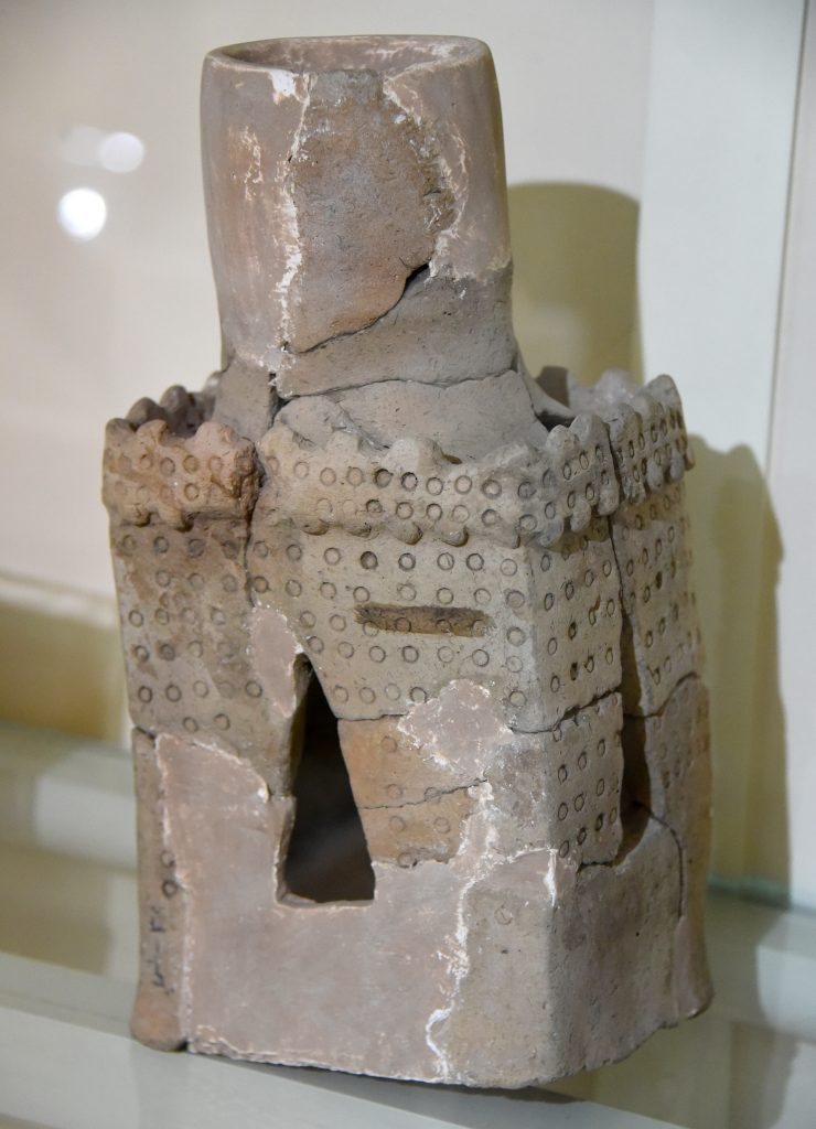 Pottery incense burner. From Tell Basmosian, modern-day Lake Dukan, Sulaymaniyah Governorate, Iraqi Kurdistan. Hurrian period, 1300-1000 BCE. Erbil Civilization Museum, Iraqi Kurdistan. Photo © Osama S. M. Amin.