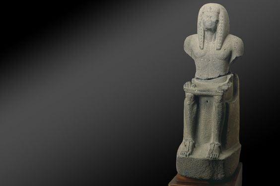 RamsessesIII_statue